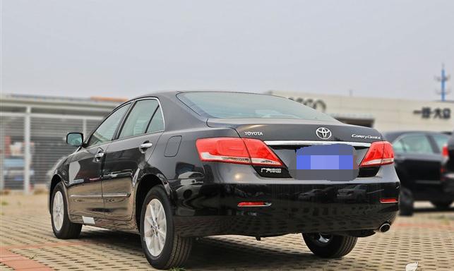 南京旅游包车5座丰田凯美瑞