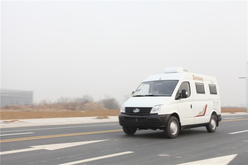 南京房车租赁5座大通短轴自动挡房车